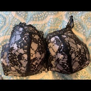 Cacique/Lane Bryant 40DDD black/ivory lace bra